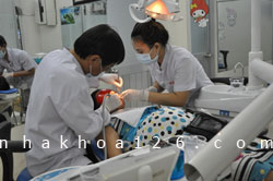 http://nhakhoa126.com/hinhanh/Gioi-thieu/nhakhoa126-dieu-tri-rang-cho-ba-bau-05.jpg