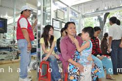 http://nhakhoa126.com/hinhanh/Gioi-thieu/nhakhoa126-gioi-thieu-nhakhoa126-chuong-trinh-tu-thien2012-01.jpg