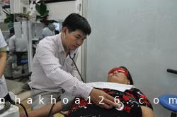 http://nhakhoa126.com/hinhanh/Gioi-thieu/nhakhoa126-gioi-thieu-nhakhoa126-chuong-trinh-tu-thien2012-04.jpg