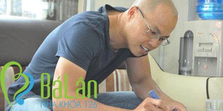 http://nhakhoa126.com/hinhanh/Luu_but/nha-khoa-126-ho-anh-vu-ngoc-dang-07.jpg