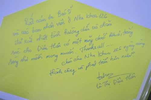 http://nhakhoa126.com/hinhanh/Luu_but/nha-khoa-126-hoa-hau-dna-le-thi-dieu-han-luubut.jpg