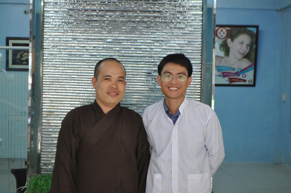 http://nhakhoa126.com/hinhanh/Luu_but/nha-khoa-ba-lan-luu-but-thich-vinh-minh.jpg