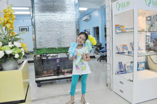 http://nhakhoa126.com/hinhanh/Luu_but/nhakhoa126-be-kim-ngan01.jpg