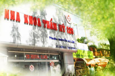 http://nhakhoa126.com/hinhanh/benh-nhan-da-dieu-tri/nha-khoa-126.jpg