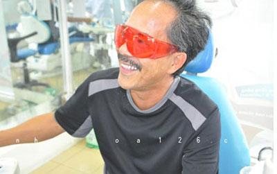 http://nhakhoa126.com/hinhanh/benh-nhan-da-dieu-tri/nha-khoa-chu-tung.jpg